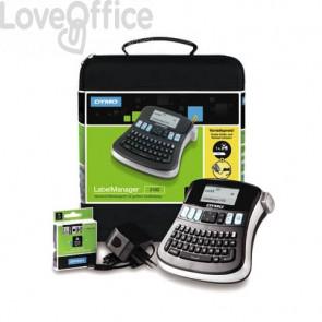 Kit case etichettatrice Dymo Label Manager 210D con alimentatore e 1 nastro D1 12mm x 7m nero e argento - 2094492